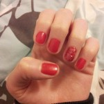Chic of the Week: Holly's Red Hot Manicure