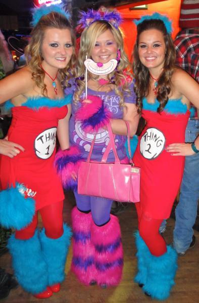 Halloween DIY: Thing 1 & Thing 2 Costume