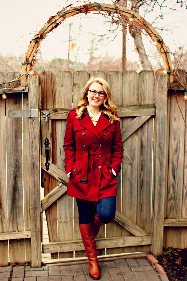 Chic of the Week: Chelsea's Burgundy Trench
