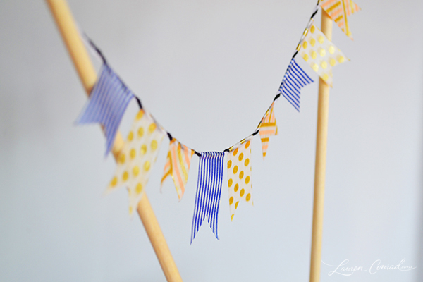 DIY: Three Cute and Easy Cake Toppers