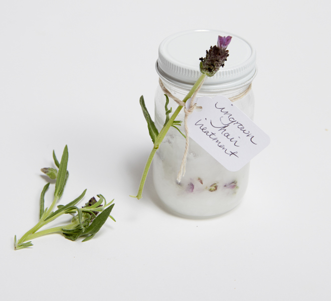 Beauty DIY: Coconut Lavender Ingrown Hair Treatment