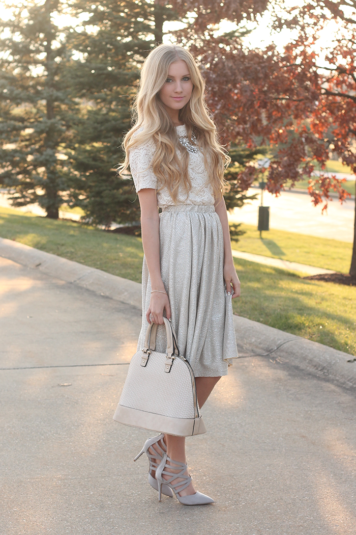 Chic of the Week: Allyssa's Gorgeous Gold Palette