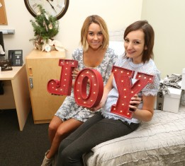 Lauren Conrad And Kohl's Take Care Of Caregivers This Holiday By Refreshing On-Call Rooms At Children's Hospital LA