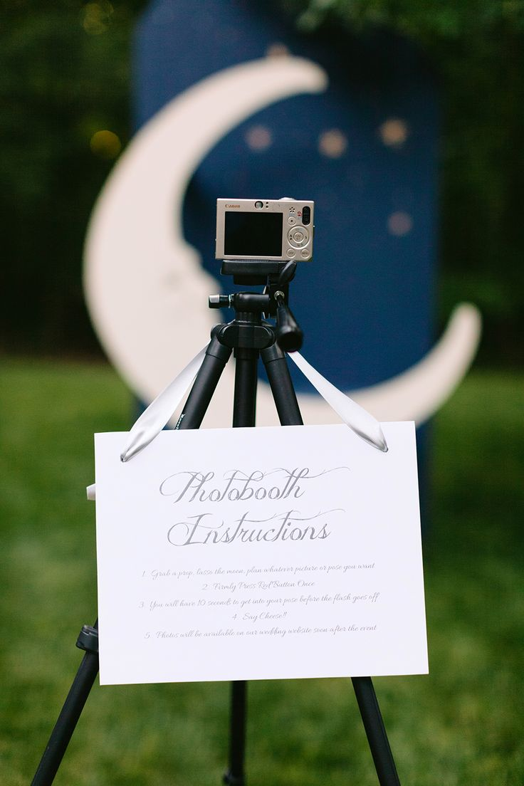 Wedding Bells: The Best DIY Photo Booths - Lauren Conrad