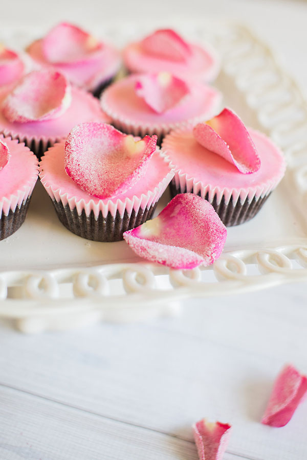 Edible Obsession Sugared Rose Petal Cupcake Toppers