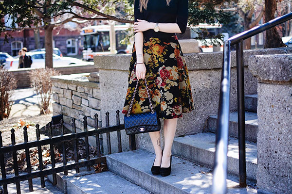 Rebecca's midi skirt {paired with a black pumps and a black Chanel bag}