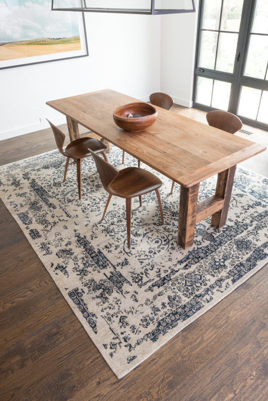The Perfect Rug For Your Dining Room