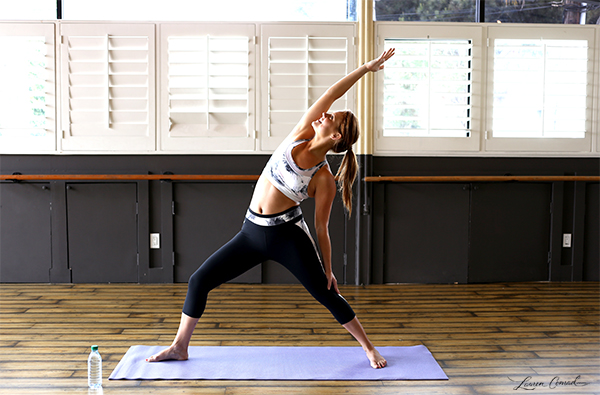 This yoga outfit is at the top of our wish lists.