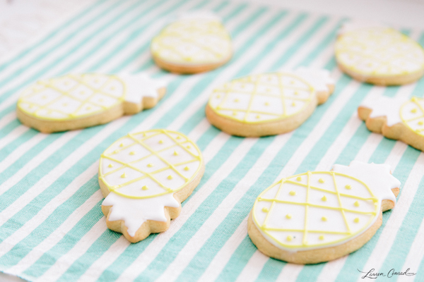 These pineapple sugar cookies are {almost} too cute to eat!
