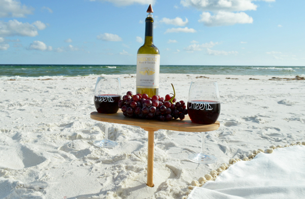 Miniature wine table {did someone say picnic at the beach?}