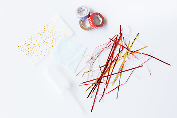 DIY 4th of July Party Poppers by LaurenConrad.com