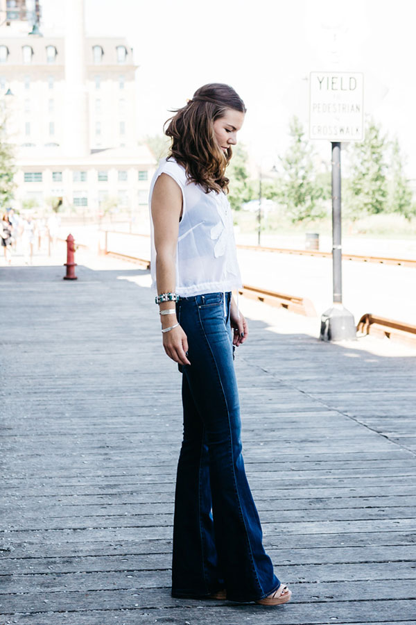 Our latest Chic of the Week does denim the right way.