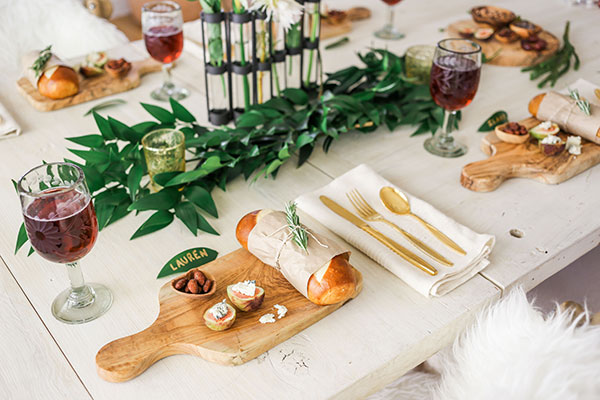 Rustic Wood Tablescape Holiday Theme