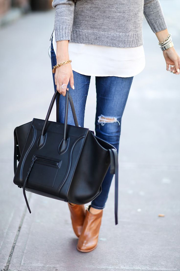 Toting around town {via The Sweetest Thing}