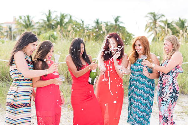 Capture the best moments with your favorite girlfriends!