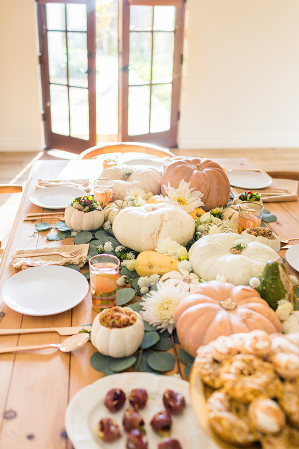A creative twist on a Thanksgiving tablescape.
