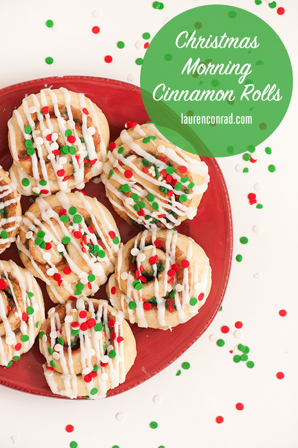 These cinnamon rolls are sure to make your Christmas morning bright!
