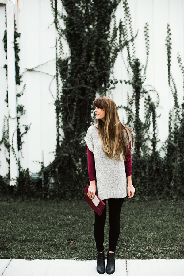 Our Chic of the Week rocks a sweet turtleneck sweater.