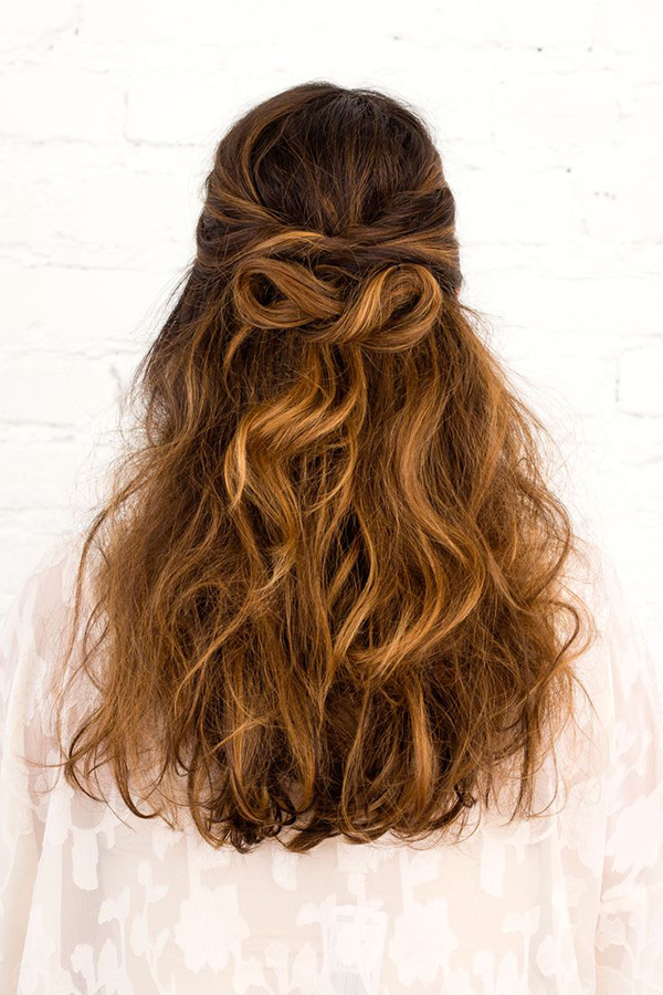 The infinity bow via Brit & Co.