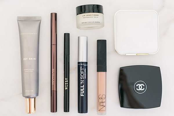 The beauty products that Lauren Conrad uses for her 5-minute makeup routine.