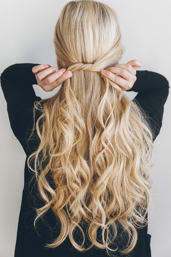 The easiest hair tutorial you'll see all week.