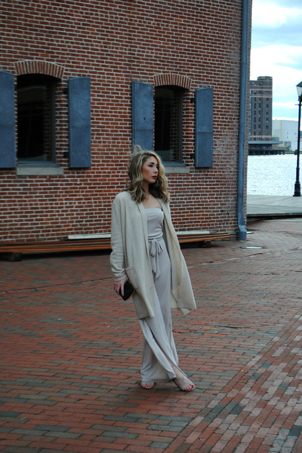 Chic of the Week in a Cute Monochromatic Outfit!