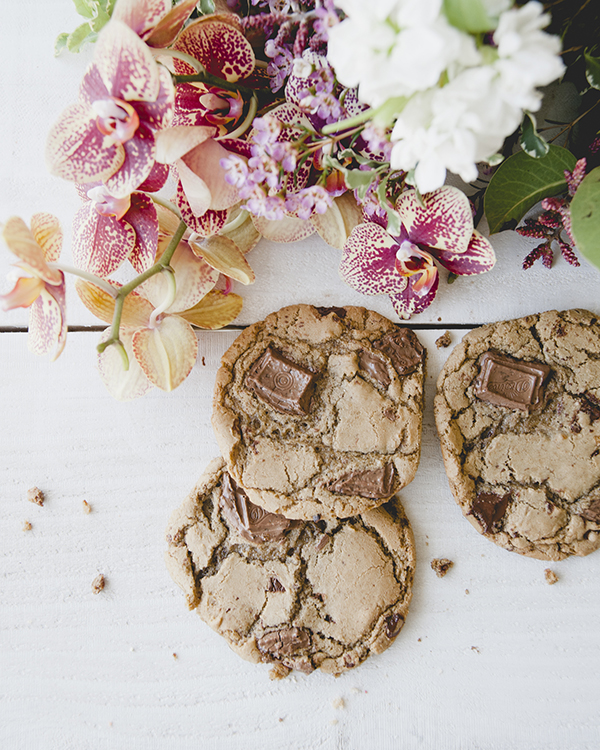Espresso Milk Chocolate Chip Cookies by LaurenConrad.com