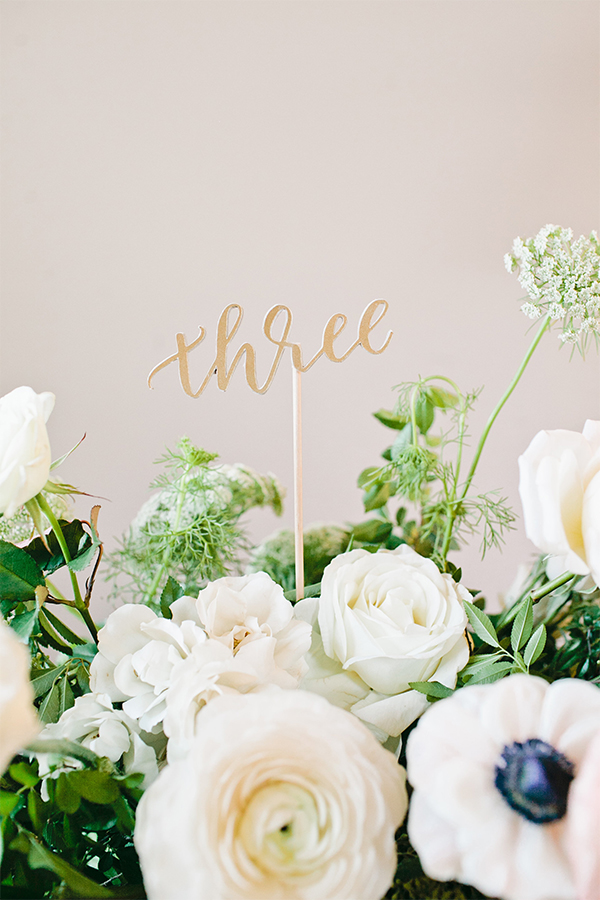 Create your own wedding table numbers with this easy tutorial