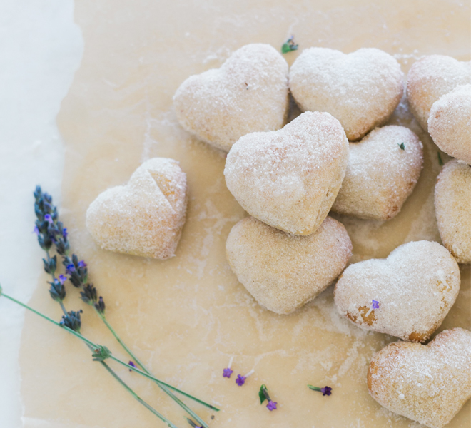 Edible Obsession: Baked Cinnamon Sugar Valentine's Donuts