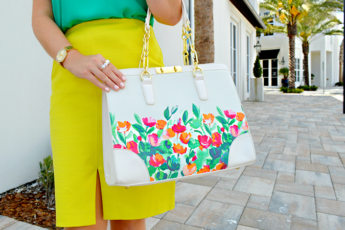Carry your blooms on your handbag