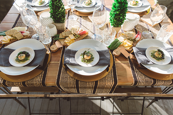 How to throw an adult dinner party by LaurenConrad.com