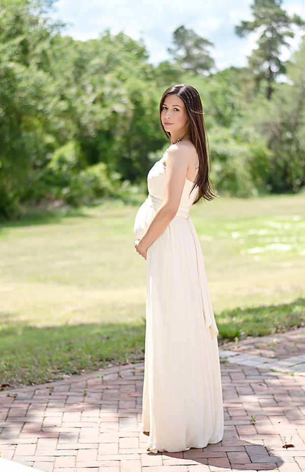 The perfect bridesmaid dress for the soon-to-be mama