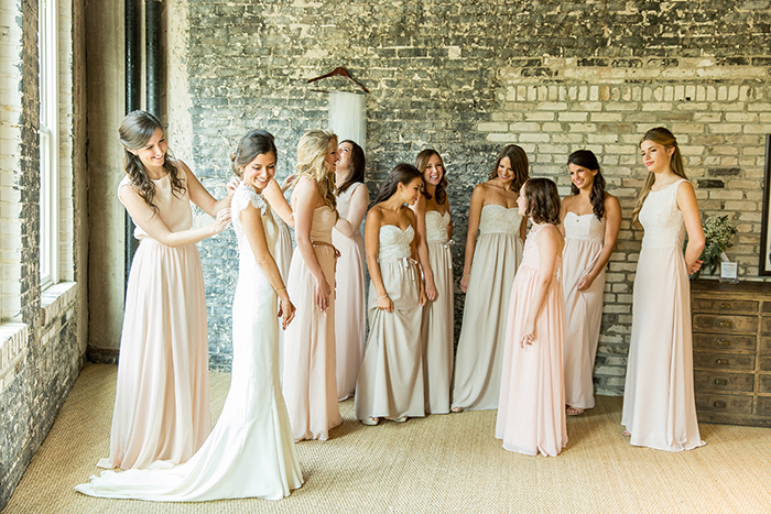 Dying To Nail The Mismatched Bridal Party Trend See How We Put Together Look