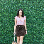 Chic of the Week: Jessica Sports A Suede Skirt