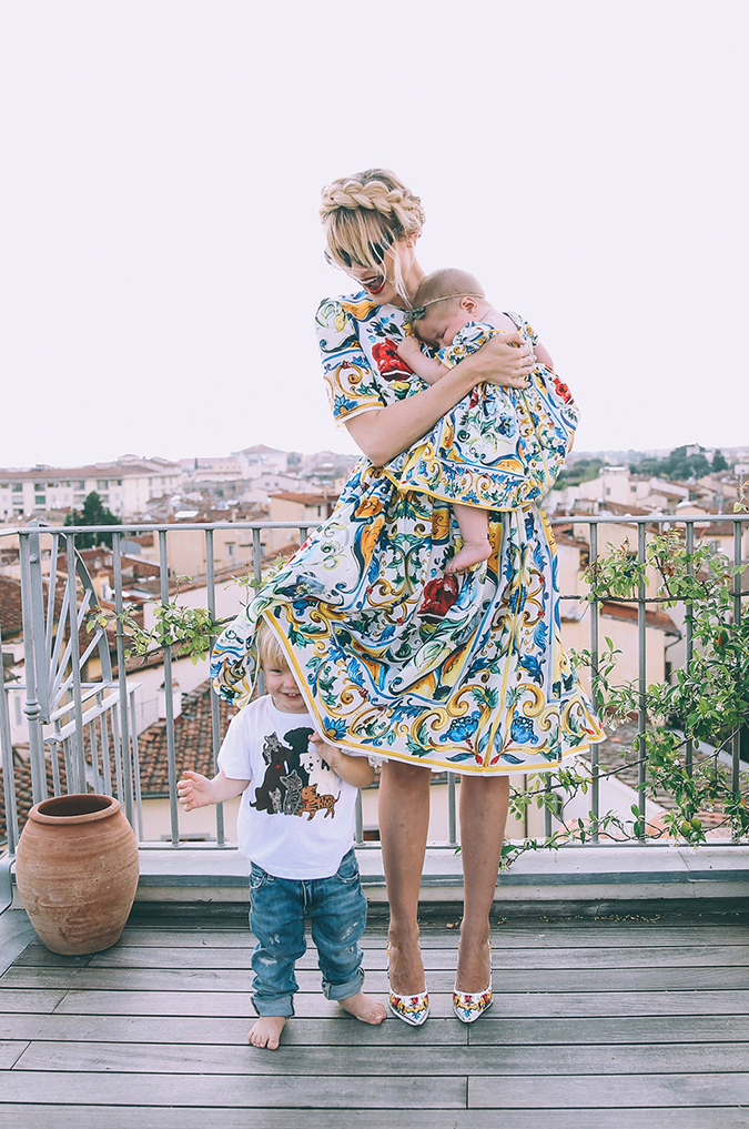 Matching mommy & daughter in Dolce & Gabbana