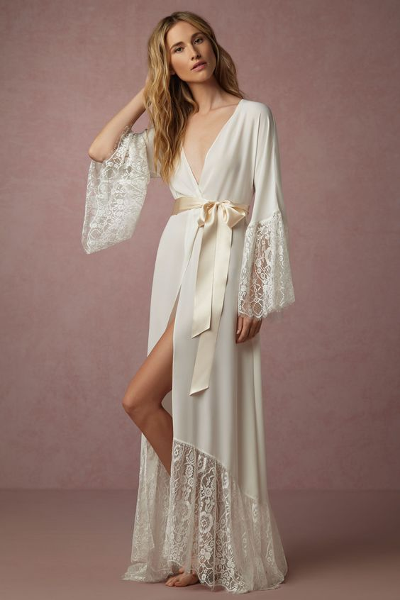 BHLDN Queen Anne's Lace Robe
