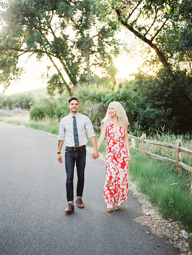 Read these tips on engagement photography before you get in front of the camera