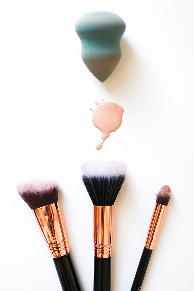 The difference between brush, sponge, and fingertips, and when you should use what for your makeup