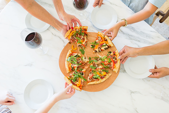 Throw the perfect build-your-own pizza party