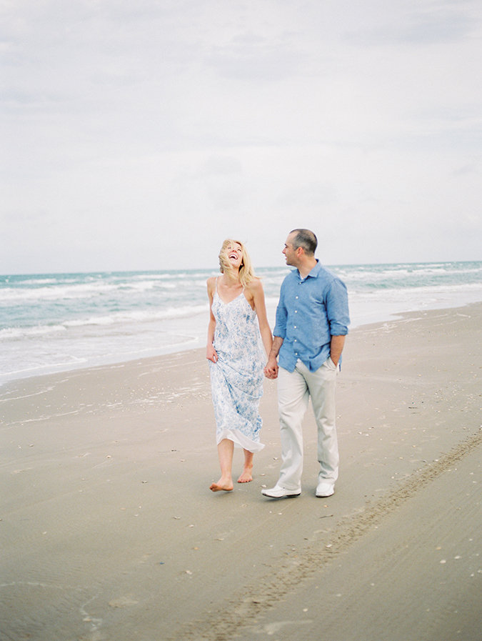 Tips for engaged couples on their photography session together