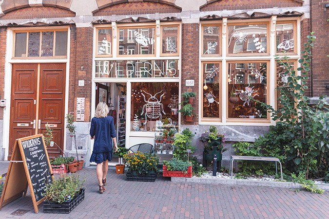 See the prettiest travel guide to Amsterdam via Find Us Lost