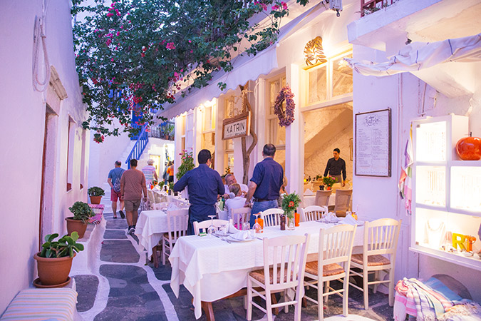 The complete travel guide to Mykonos, Greece