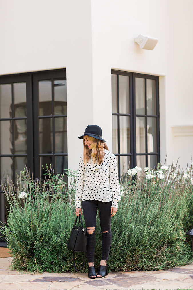 Paper Crown blouse, ripped knee jeans, and felt hat