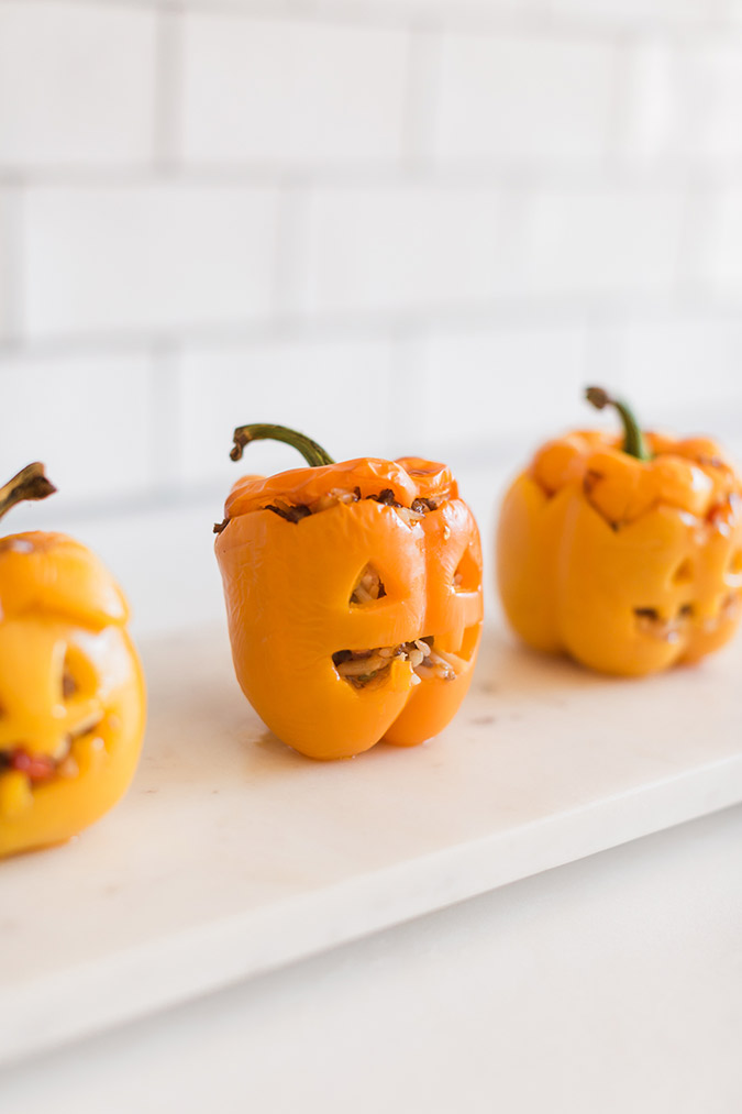 Click through for the cutest stuffed bell peppers for this Halloween
