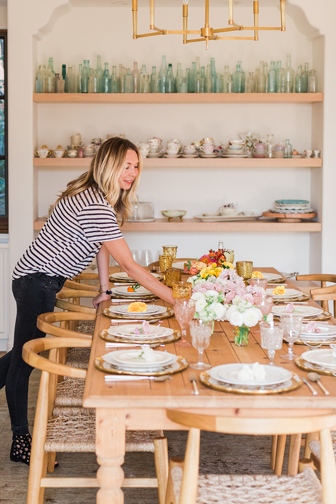 Kate Martindale's pretty ombre tablescape for Lauren Conrad