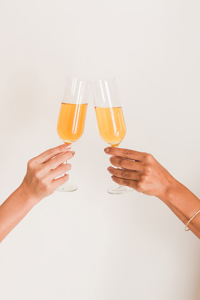 Apple Cider Mimosas for your fall Sunday brunch