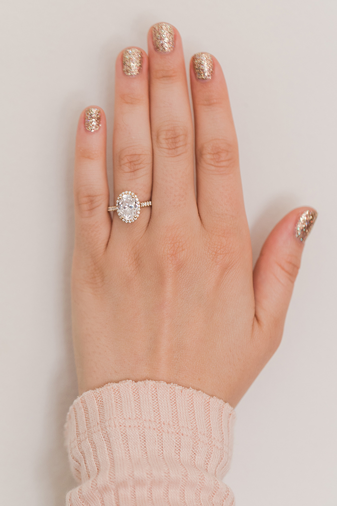 The prettiest oval engagement ring + gold glitter mani