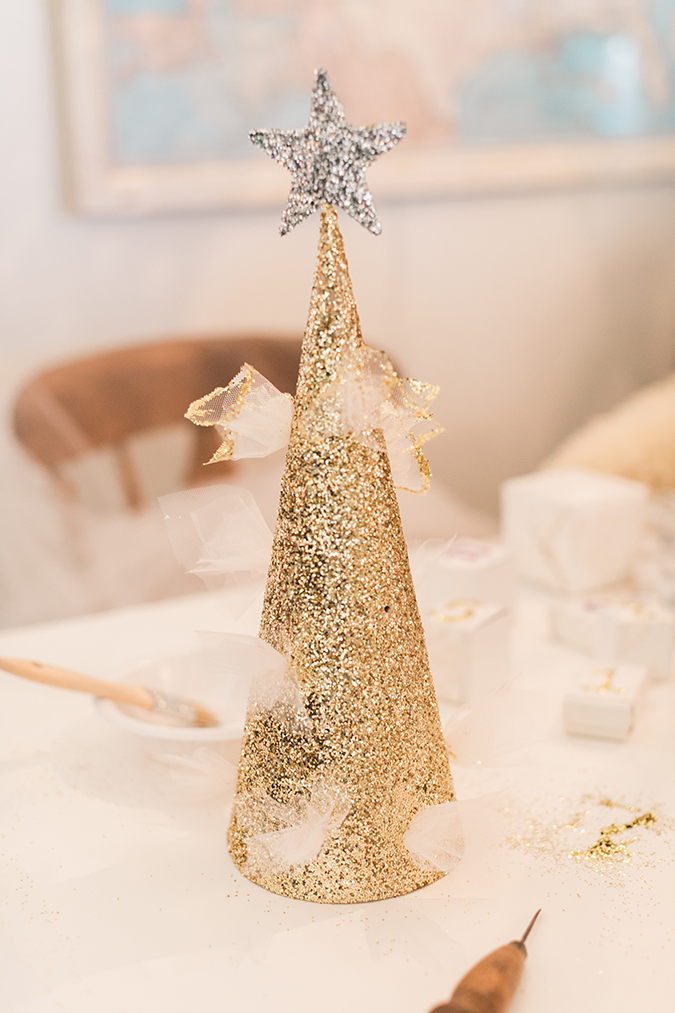 the cutest glittery tree topper for your tree this christmas