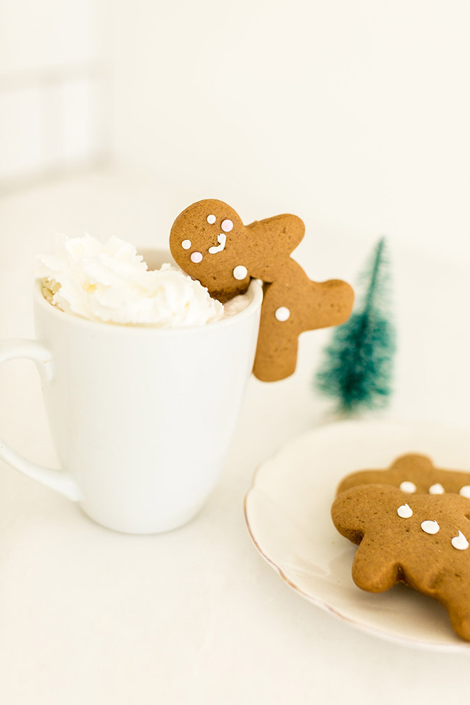 Learn how to make Team LC's cute gingerbread mug toppers
