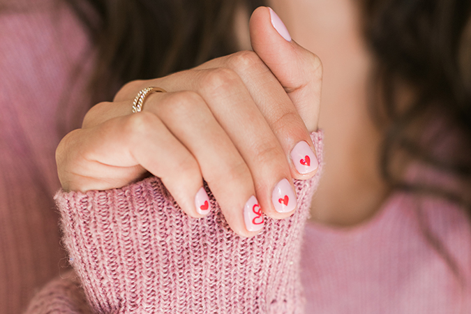Sweetheart manicure via Olive and June